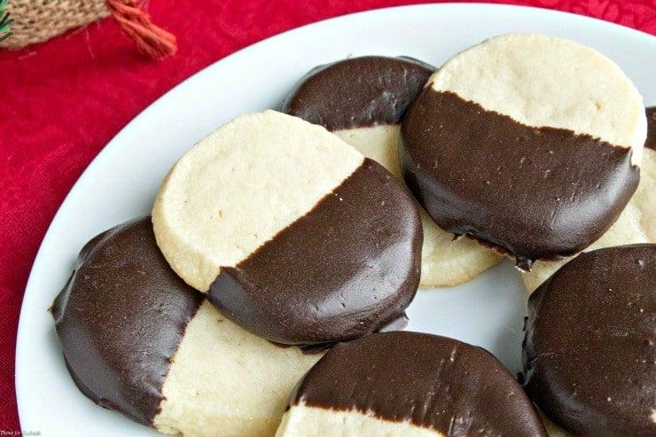 Chocolate-Amaretto-Shortbread-Cookies-3.jpg