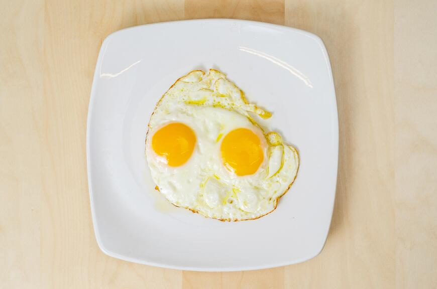 The perfect olive oil fried egg