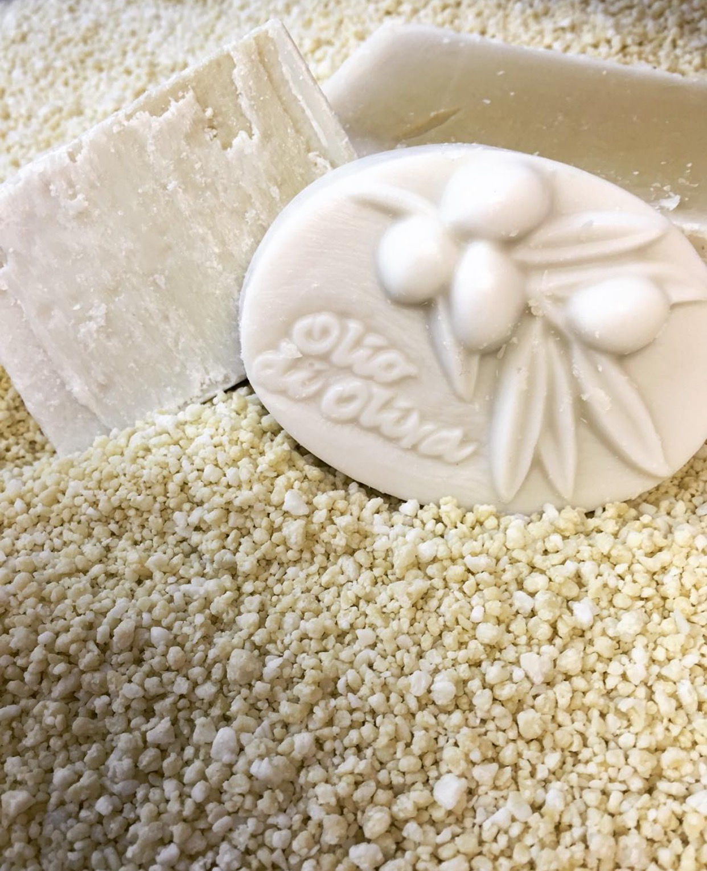 olive-oil-soap-3