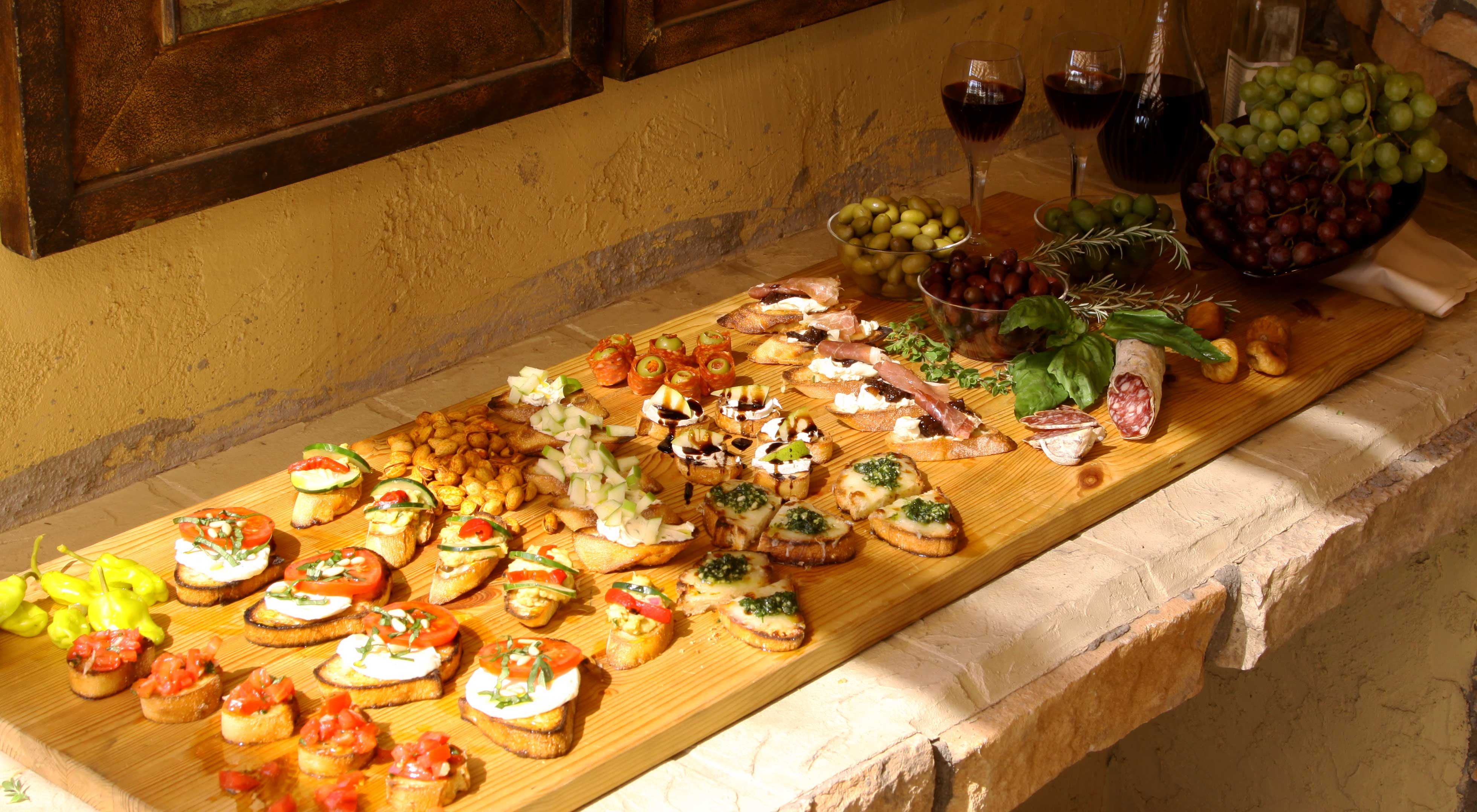 6 BRUSCHETTA IDEAS FOR YOUR NEXT PARTY