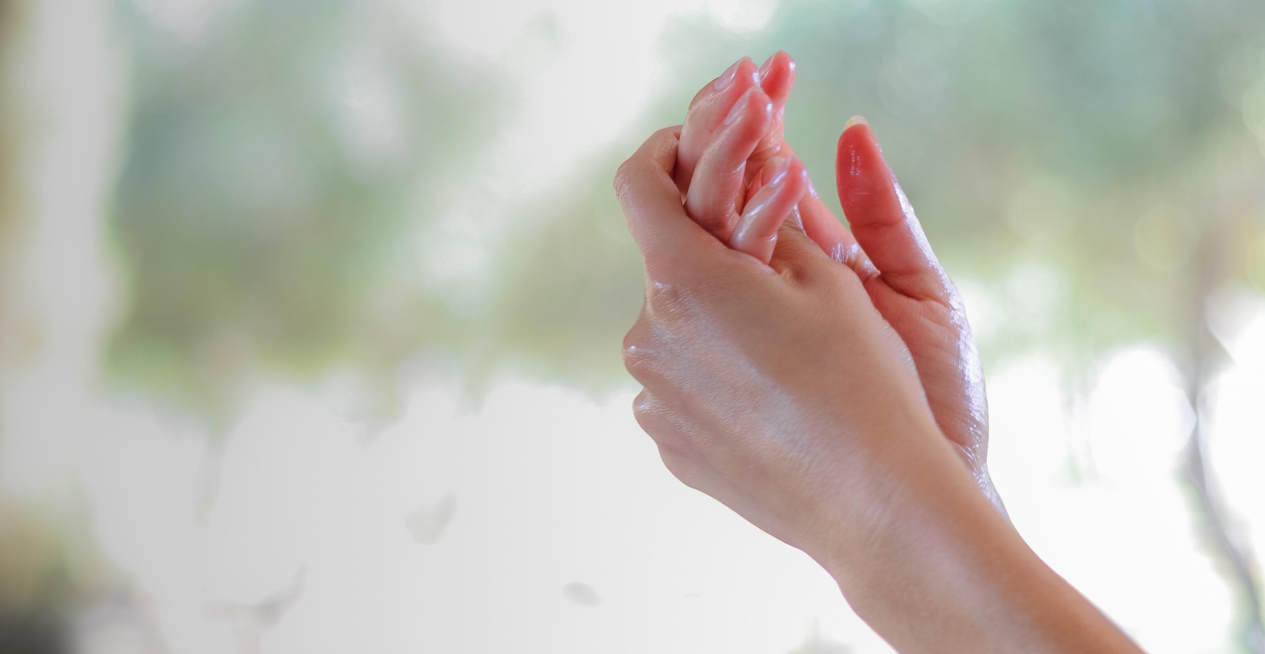 Benefits of extra virgin olive oil on skin
